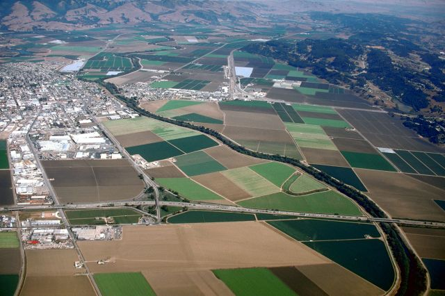 Watsonville California aerial view wiki commons